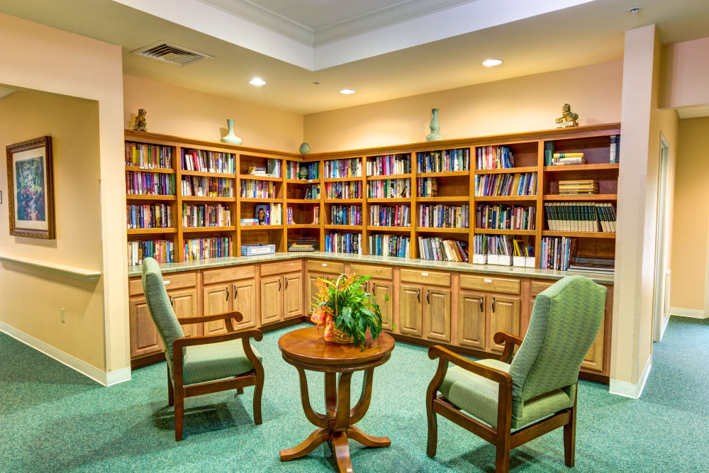 Library at Curry House in Cadillac, Michigan