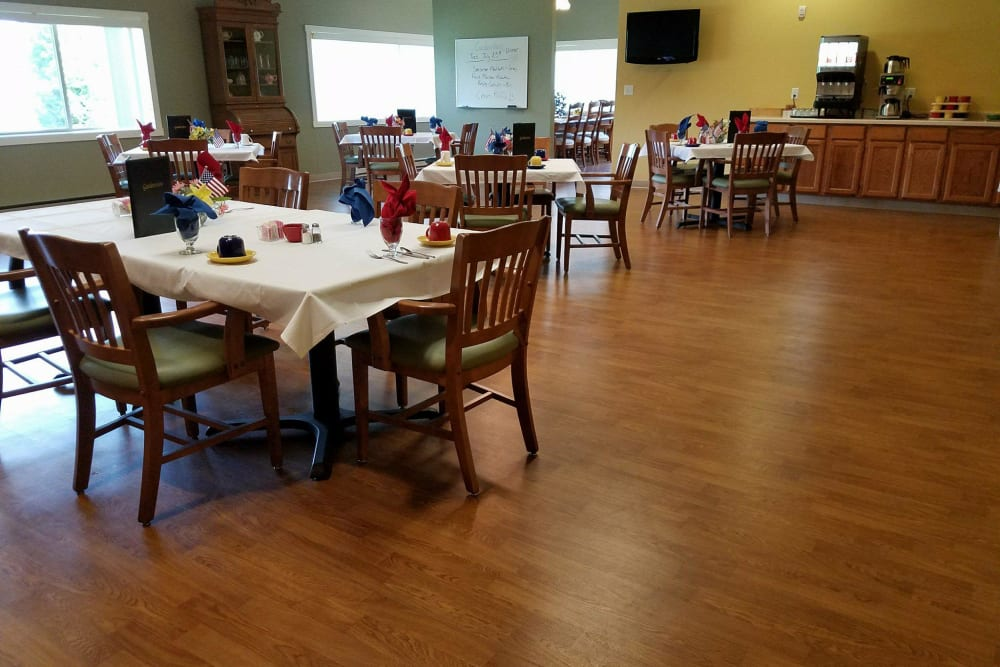 Dining room at Gardenview in Calumet, Michigan