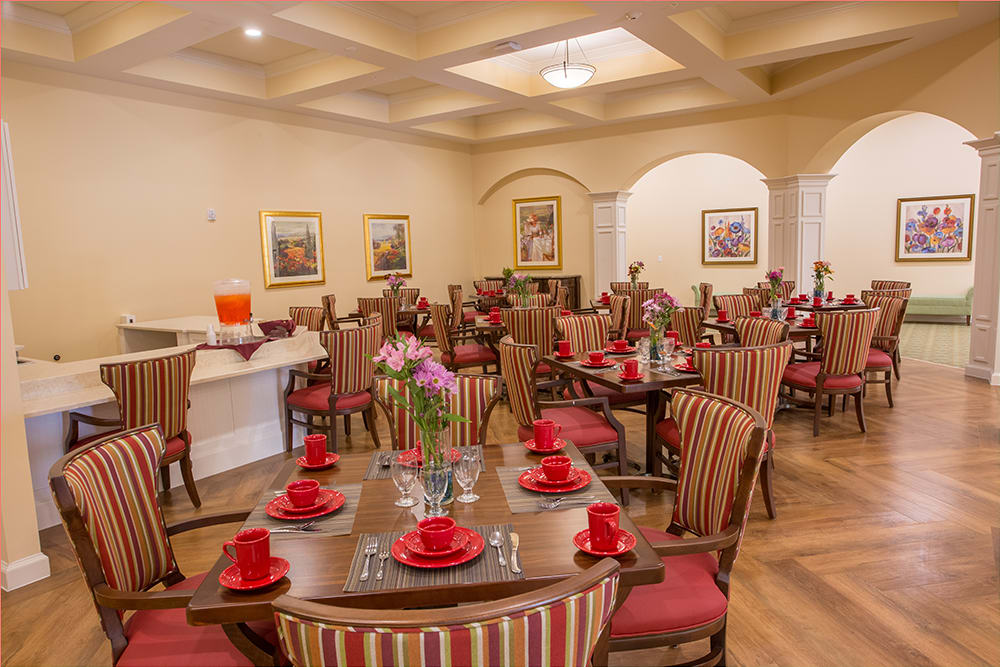 Resident dining room at Symphony at St. Augustine in St. Augustine, Florida.