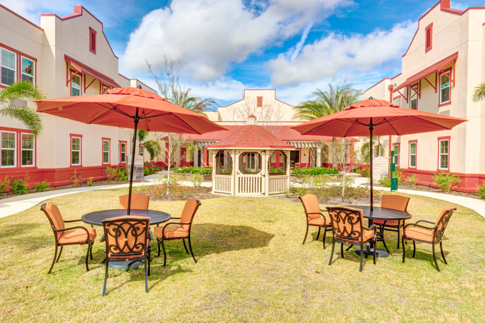 Resident courtyard at Symphony at Stuart in Stuart, Florida.