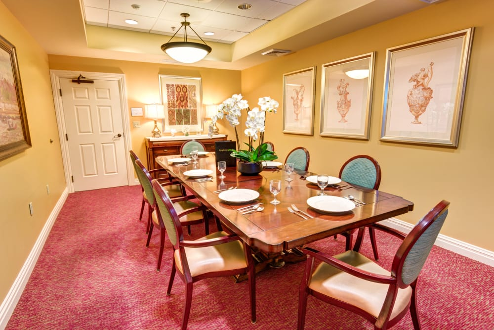 Private dining room at Symphony Manor in Baltimore, Maryland