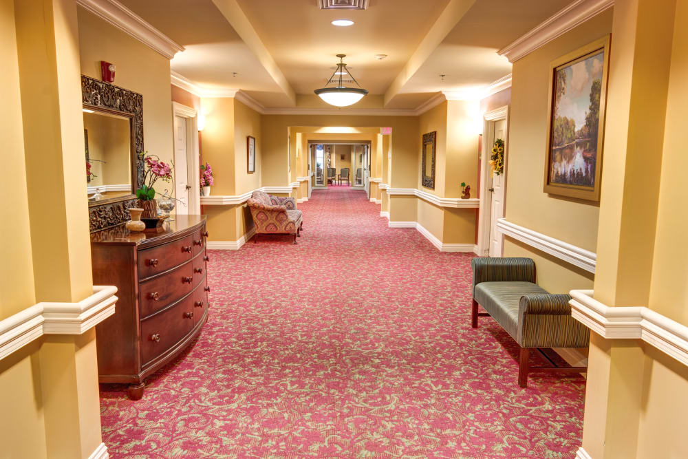 Bright wide hallways with beautiful decor at Baltimore, Maryland