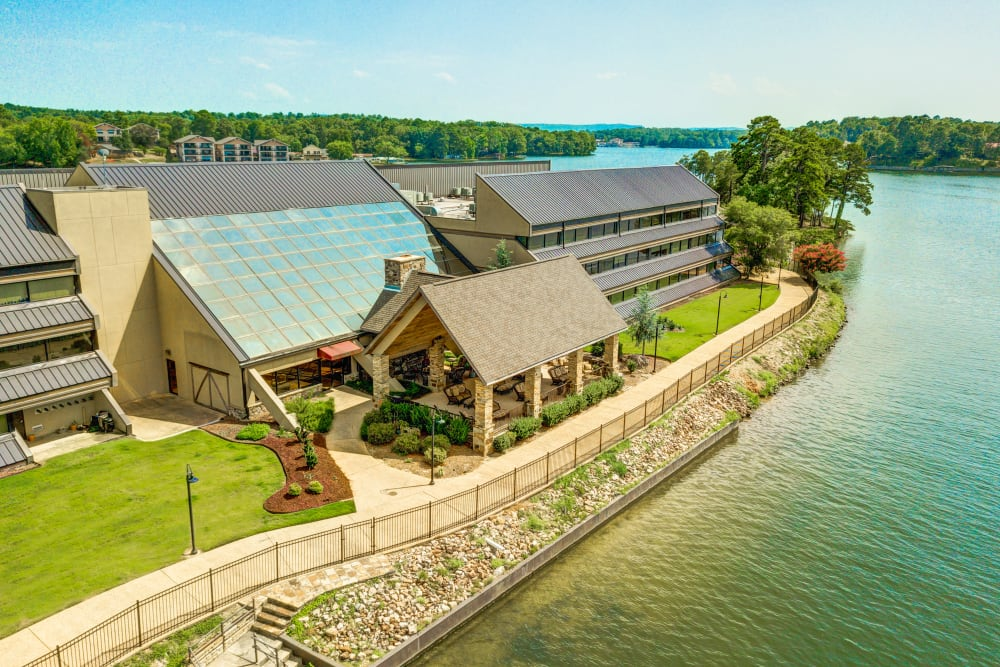 Aerial view of The Atrium at Serenity Pointe in Hot Springs, Arkansas