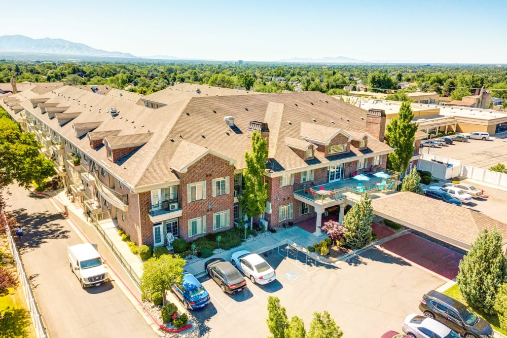 Aerial view of the parking lot in front of The Wentworth at Coventry in Salt Lake City, Utah