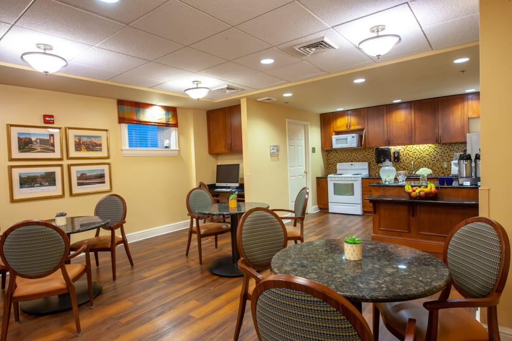 Community kitchen and dining room at Woodholme Gardens in Pikesville, Maryland