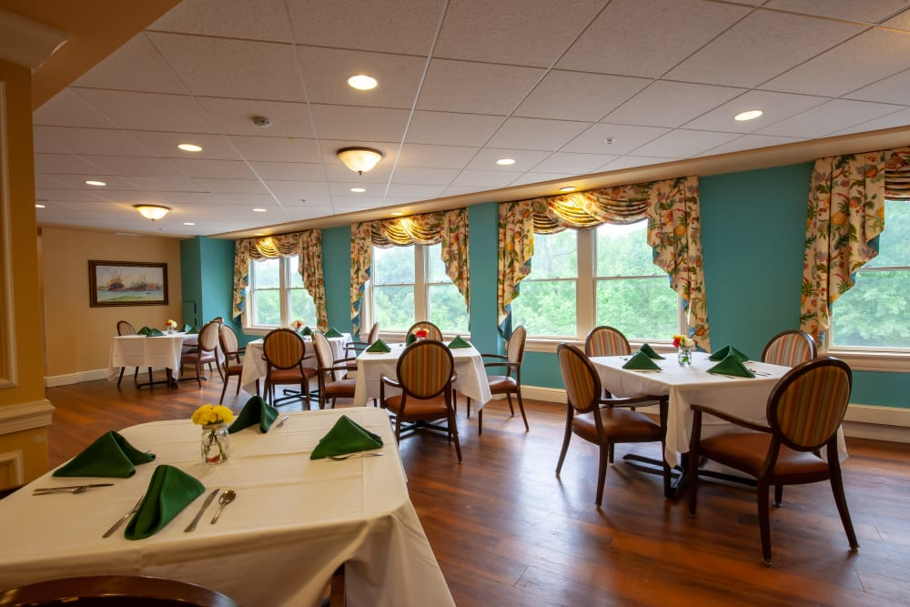 Community dining room at Woodholme Gardens in Pikesville, Maryland