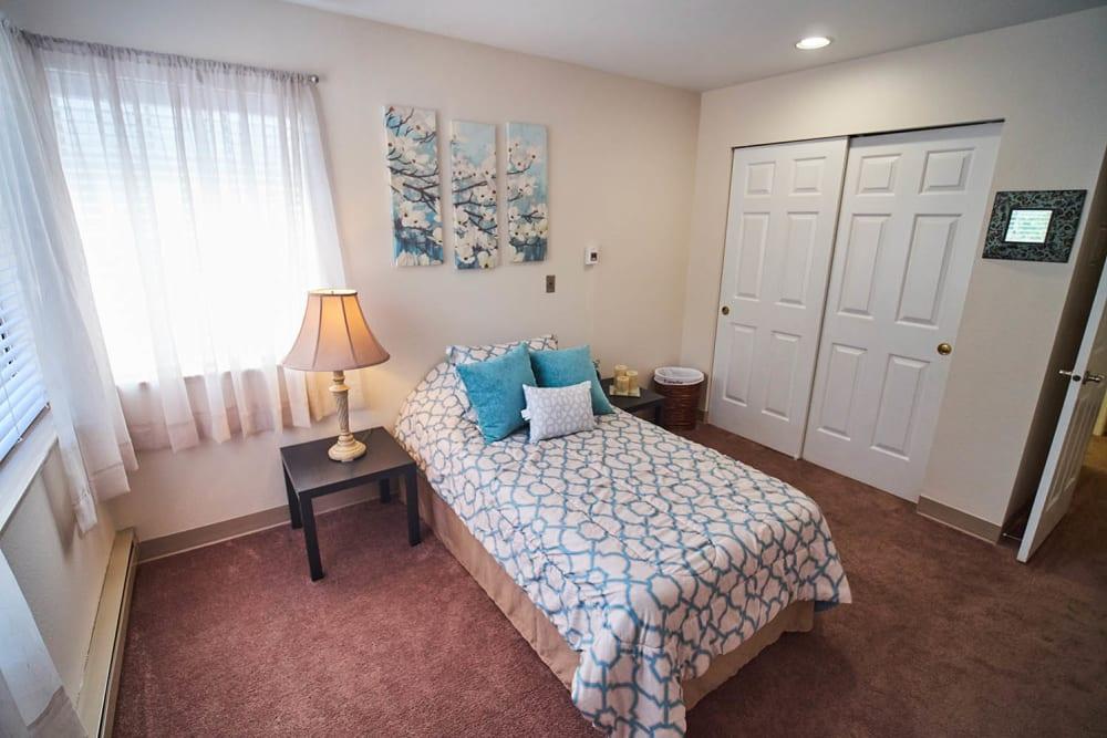 Bedroom at Emerald Gardens in Woodburn, Oregon