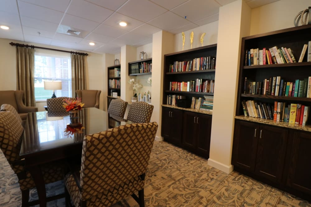 The reading area of The Harmony Collection at Roanoke - Assisted Living in Roanoke, Virginia