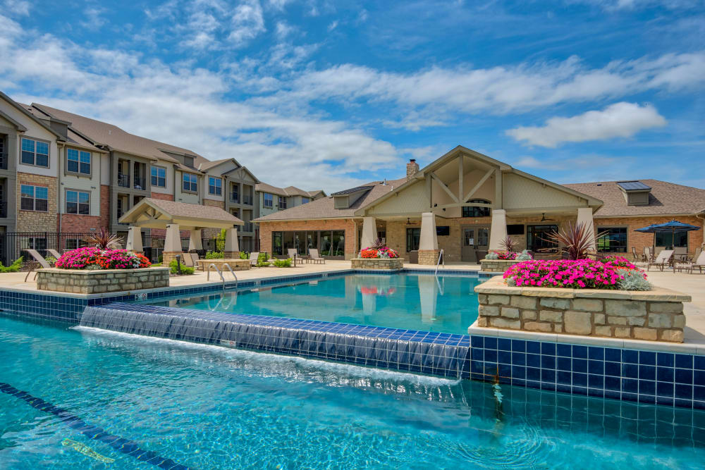 Our Apartments in Overland Park, Kansas offer a Swimming Pool