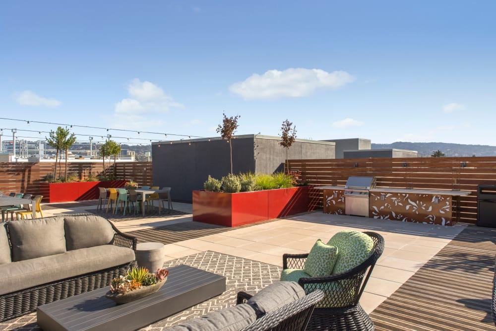Rooftop bar-b-que area at Telegraph Arts
