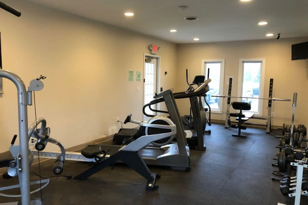 Fitness center at Country Glenn in Grand Island, New York