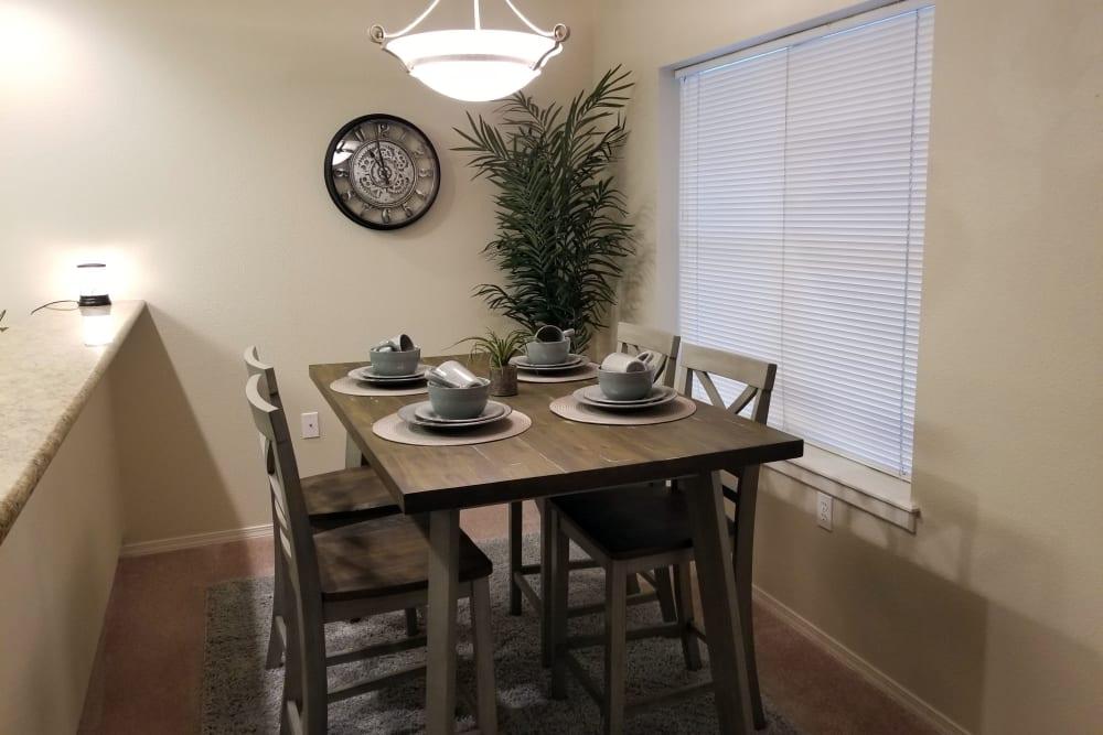 Dining area at Evergreen Senior Living in Eugene, Oregon