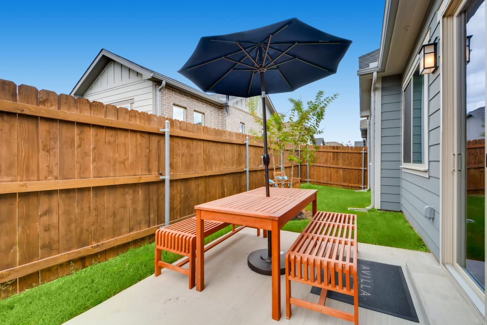 Apartments with a Private Patio in Grand Prairie, Texas