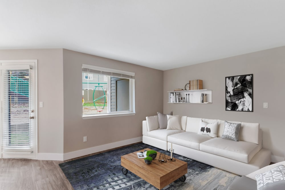 Madison Park Apartments in Vancouver, Washington offers a spacious living room