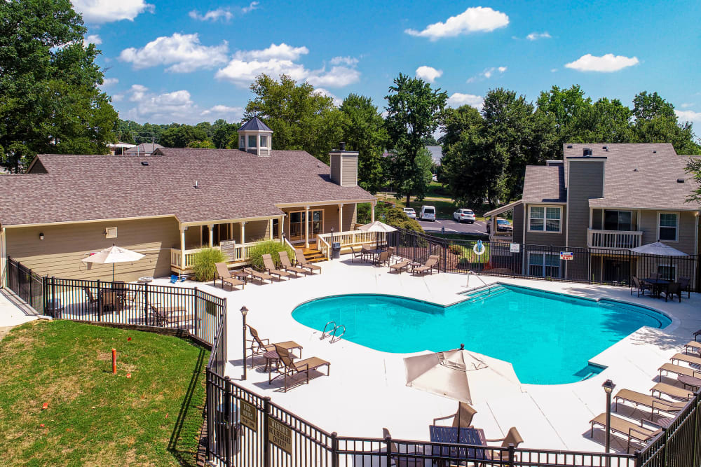 Swimming Pool at Hunter's Chase Apartments in Midlothian, Virginia