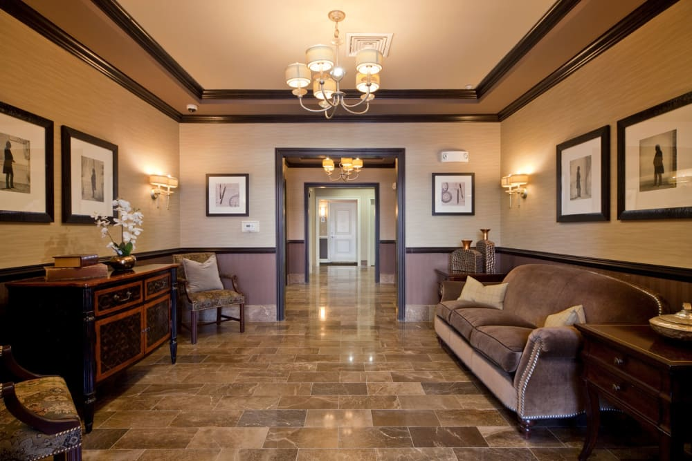 Indoor lounge area at Presidential Place Apartments in Lebanon, New Jersey