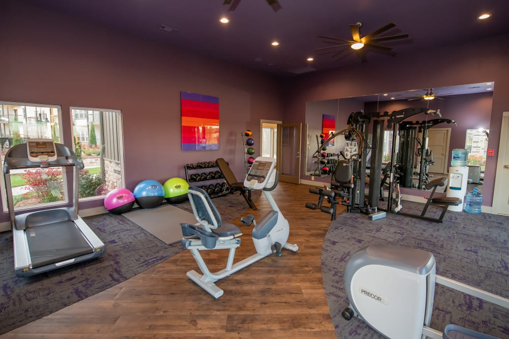 Fitness facility at Bend at New Road Apartments in Waco, Texas.