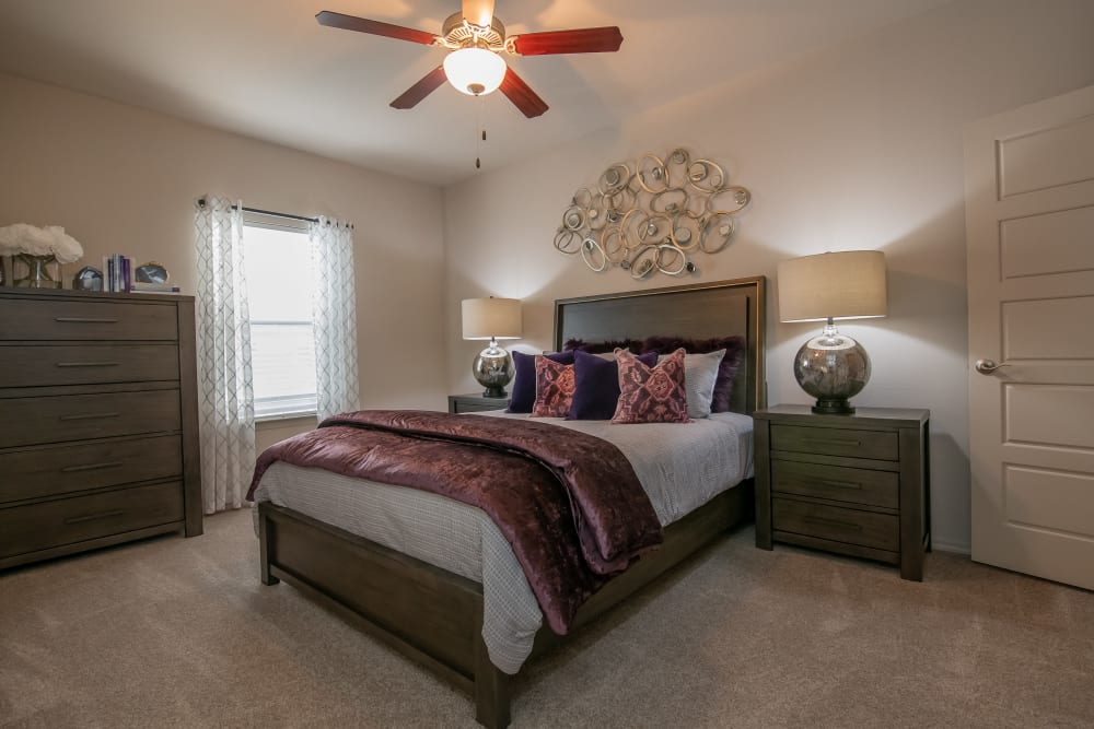 Bend at New Road Apartments offers a variety of floor plans in Waco, Texas