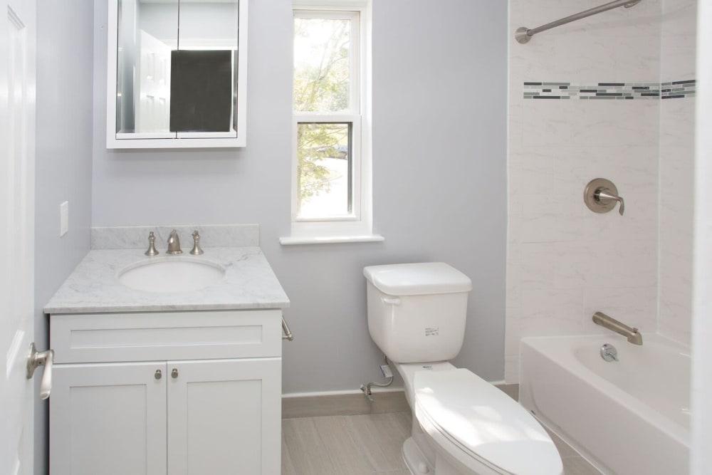 Bright, clean bathroom at Cortlandt Ridge in Ossining, New York