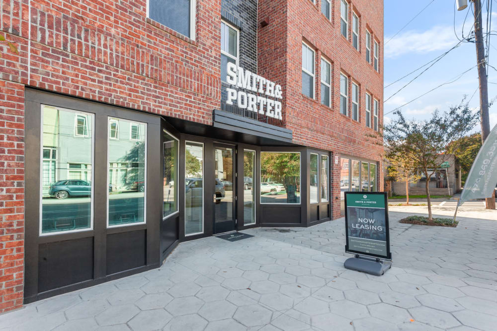 Smith & Porter in Atlanta, Georgia front entrance