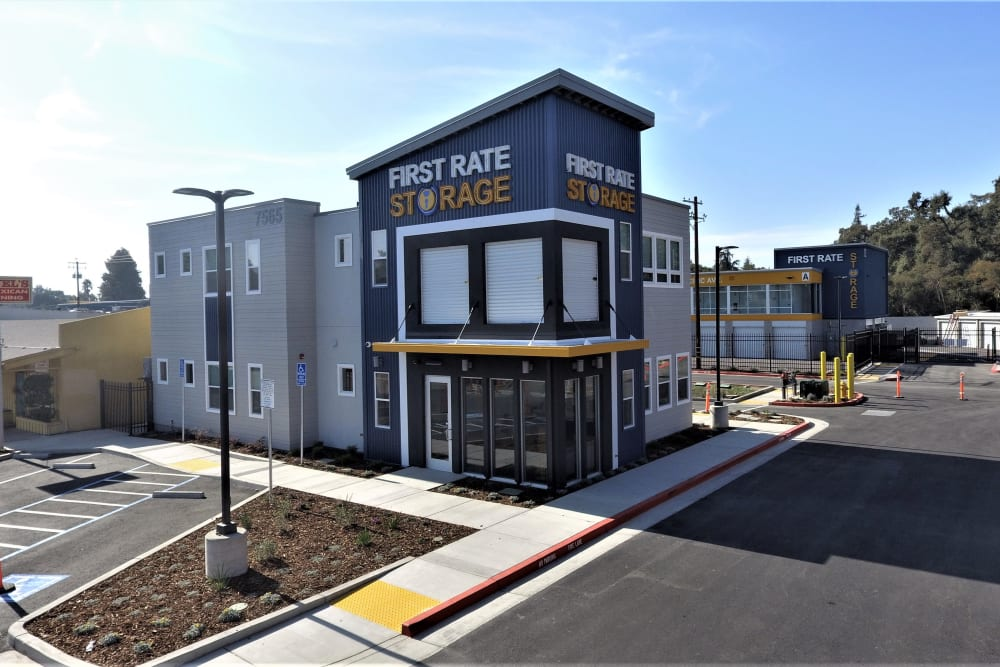 Front building of First Rate Storage in Stockton, California