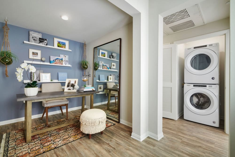 Washer and Dryer at Apartments in Riverside, California