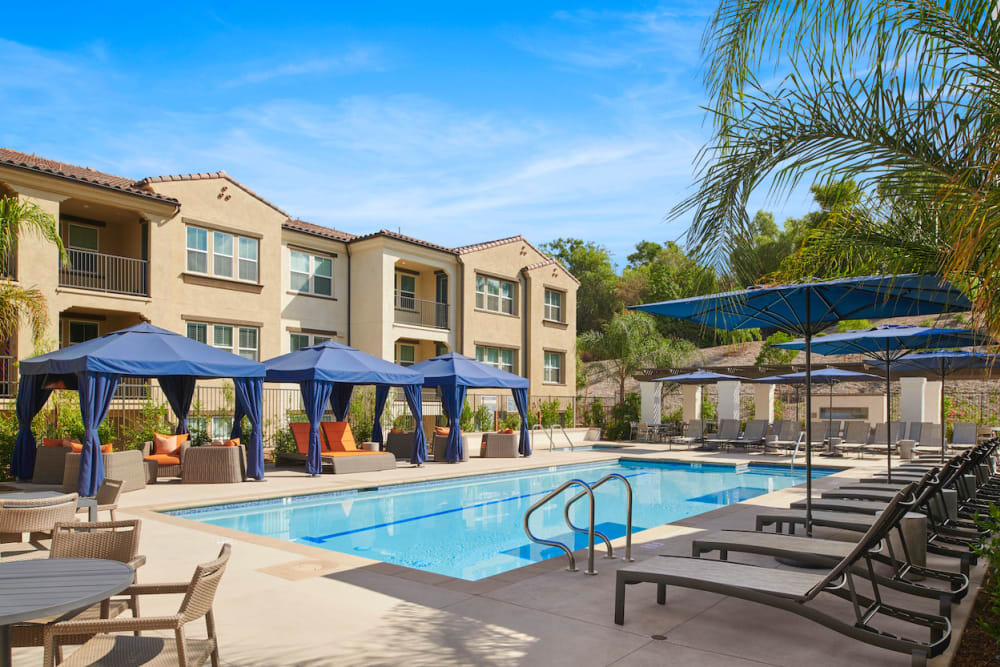 The Trails at Canyon Crest in Riverside, California offers a swimming pool