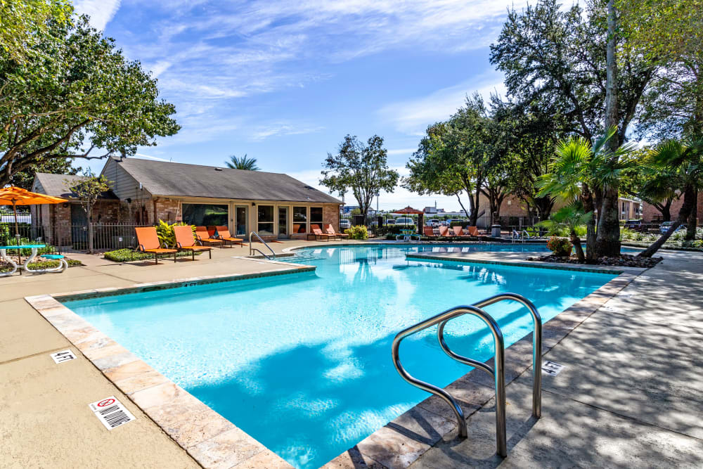 The Reserve at City Center North offers a Swimming Pool in Houston, Texas