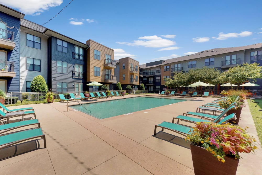 5th Street Crossing at City Station apartments in Garland, Texas