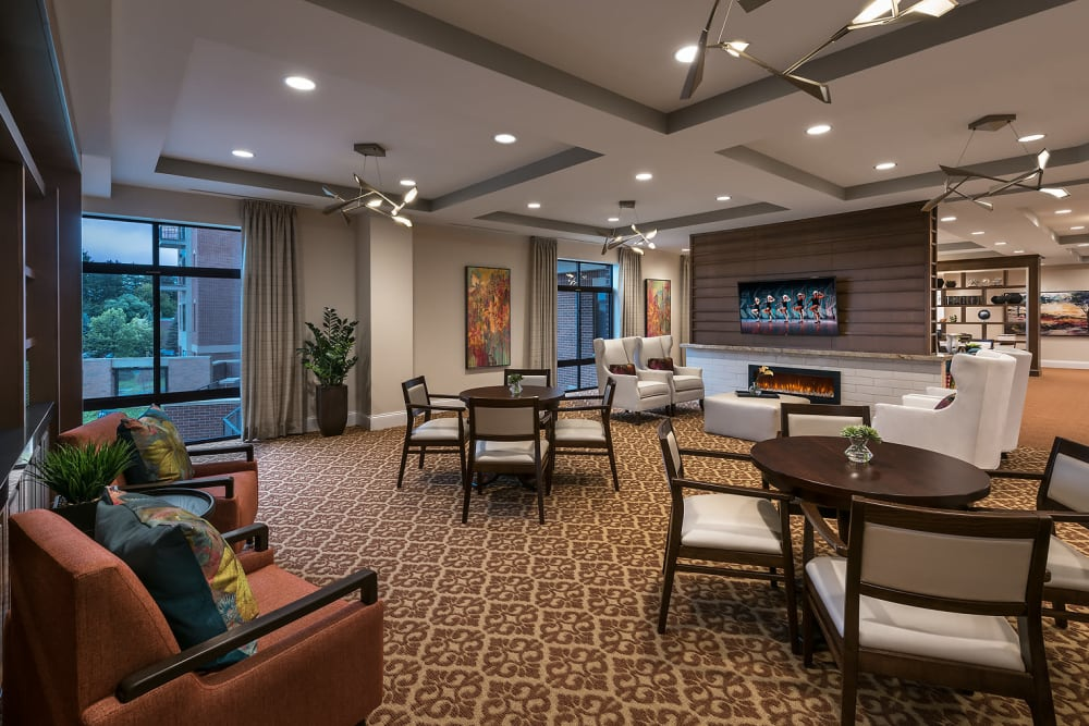 Living room area at Cedarbrook of Rochester