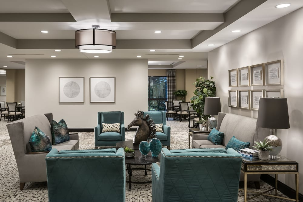 Lounge at Cedarbrook of Rochester