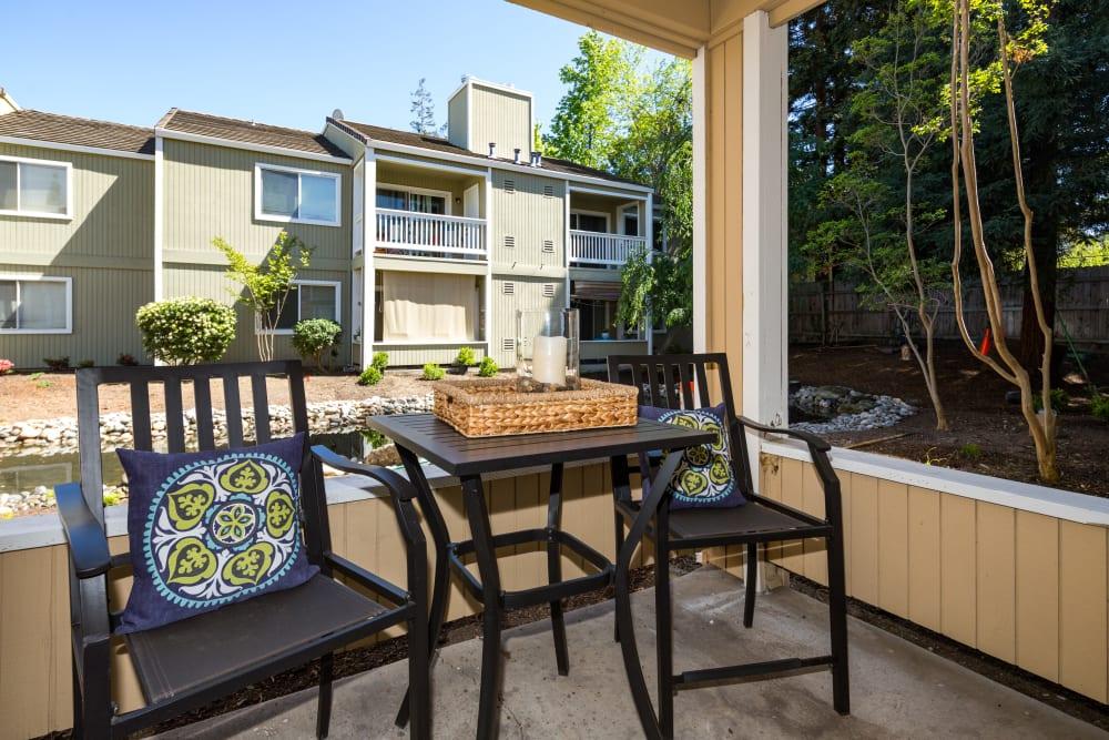 Beautiful outdoor patio at Haven Martinez in Martinez, California