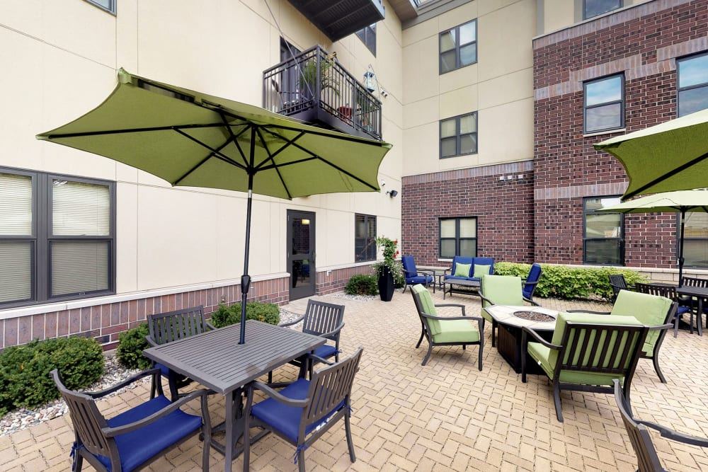 Outdoor patio area at Oaks Station Place in Minneapolis, Minnesota