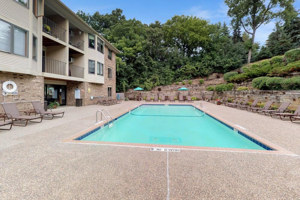 Resort-style, sparkling swimming pool at Vernon Oaks in Edina, Minnesota