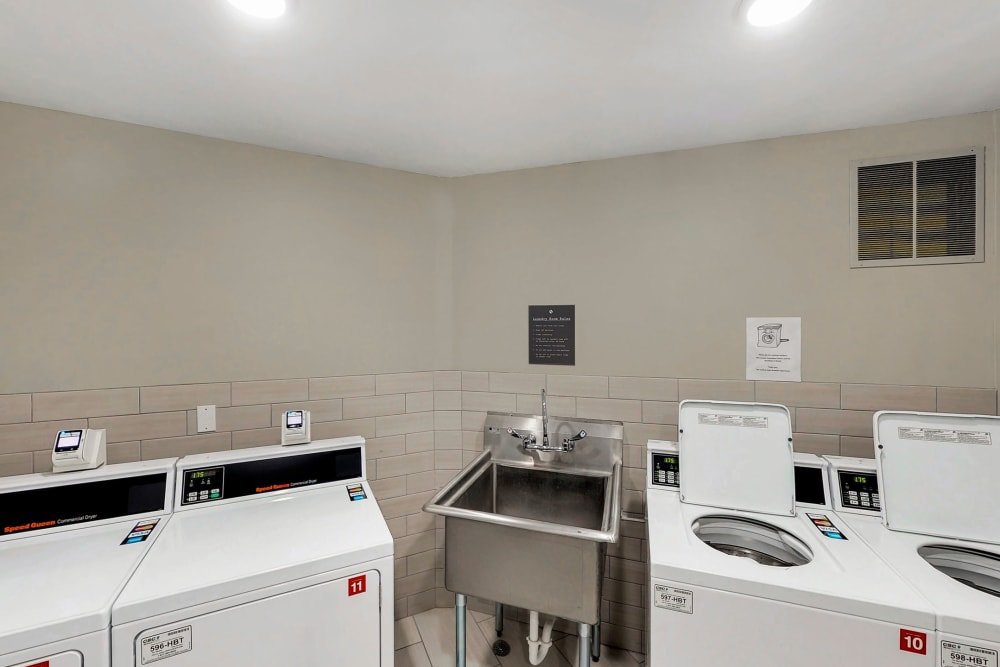 Onsite laundry facility at Oaks Braemar in Edina, Minnesota
