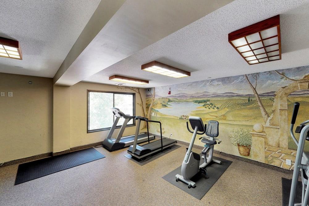 Fitness center for residents at Oaks Braemar in Edina, Minnesota