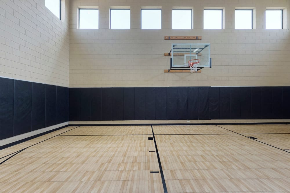 Oaks Riverchase offers an indoor basketball court in Coppell, Texas