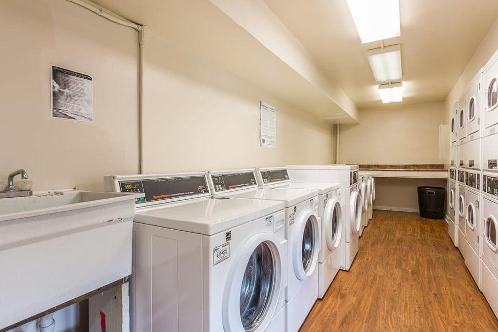 The community laundry room at Reserve at Altama in Brunswick, Georgia