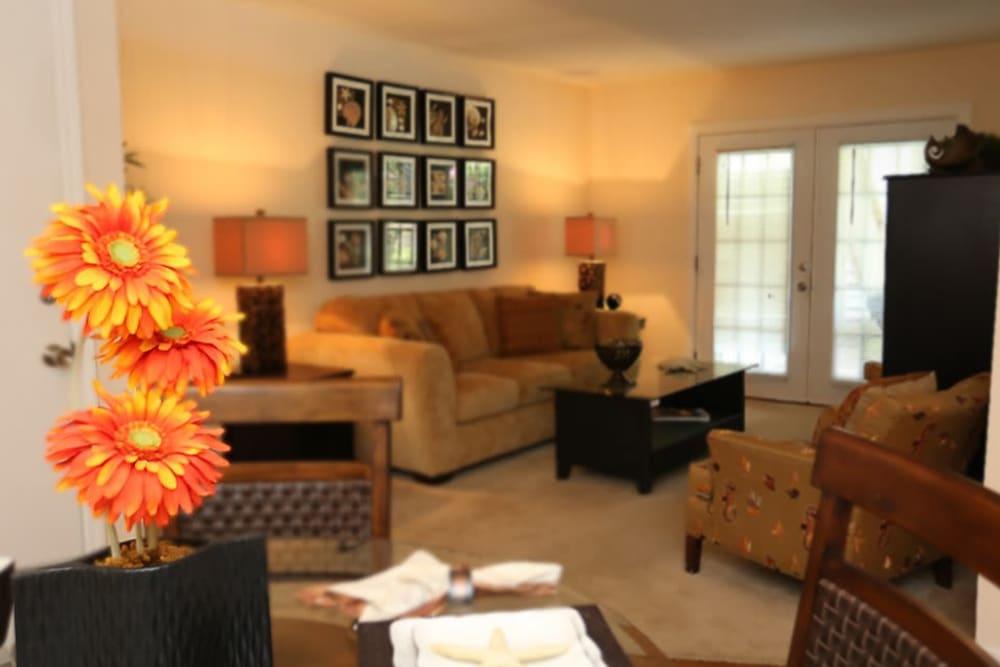 A decorated apartment living room at Reserve at Altama in Brunswick, Georgia