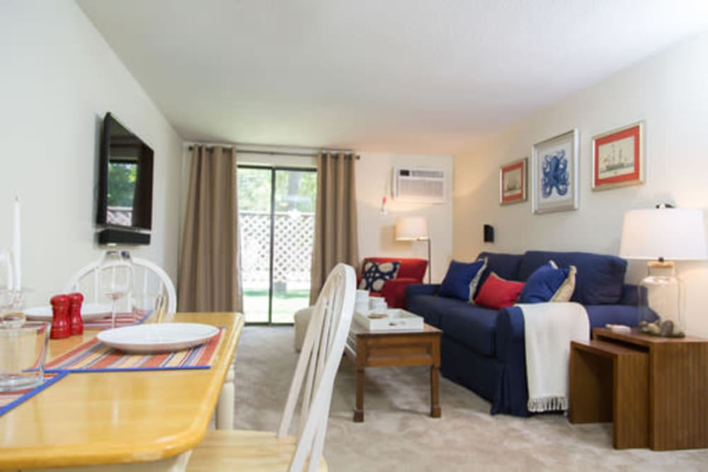 Model living room at London Court Apartments in Merrimack, New Hampshire