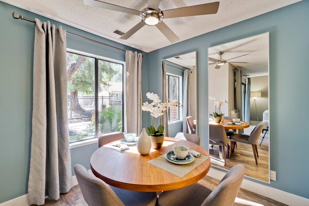 Apartments with a Dining Room at Terra Willow Glen