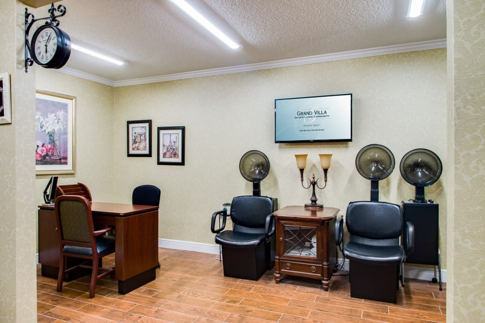 Barbershop and salon at Grand Villa of Delray West in Florida