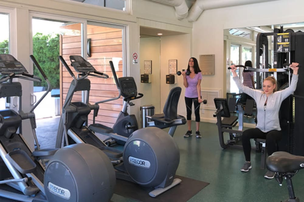 Fitness center at Brookdale Apartments in San Jose, California