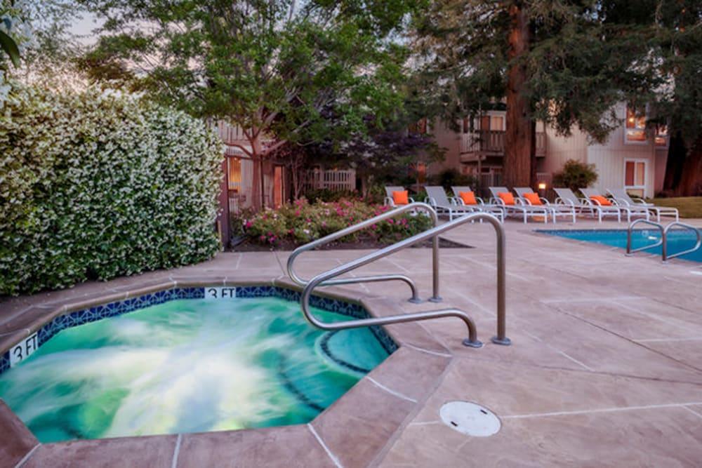 Hot tub at Brookdale Apartments in San Jose, California