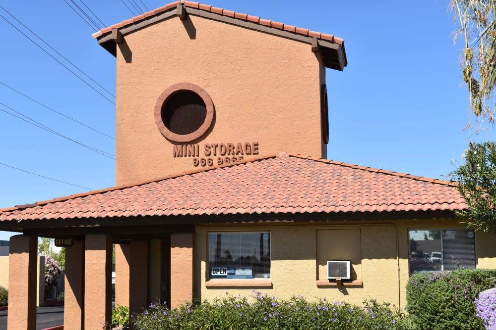 Front office of AAA Alliance Self Storage in Tempe, Arizona