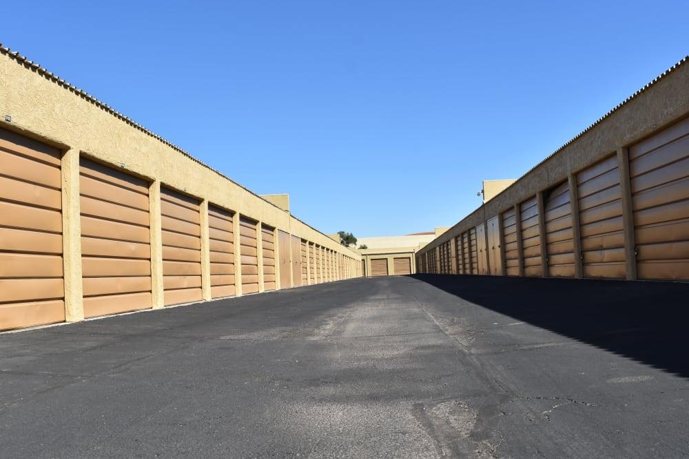 Drive through storage facility in Tempe, Arizona at AAA Alliance Self Storage