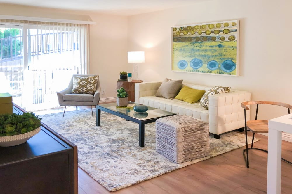 Living room at Greendale Apartments in Mountain View, California