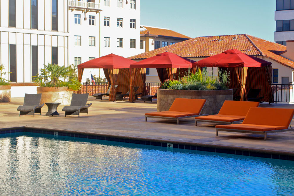 Resort-style swimming pool at Hillsborough Plaza Apartments in San Mateo, California