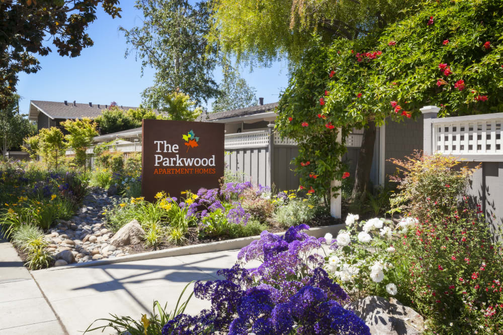 Sign to Parkwood Apartments in lSunnyvale California