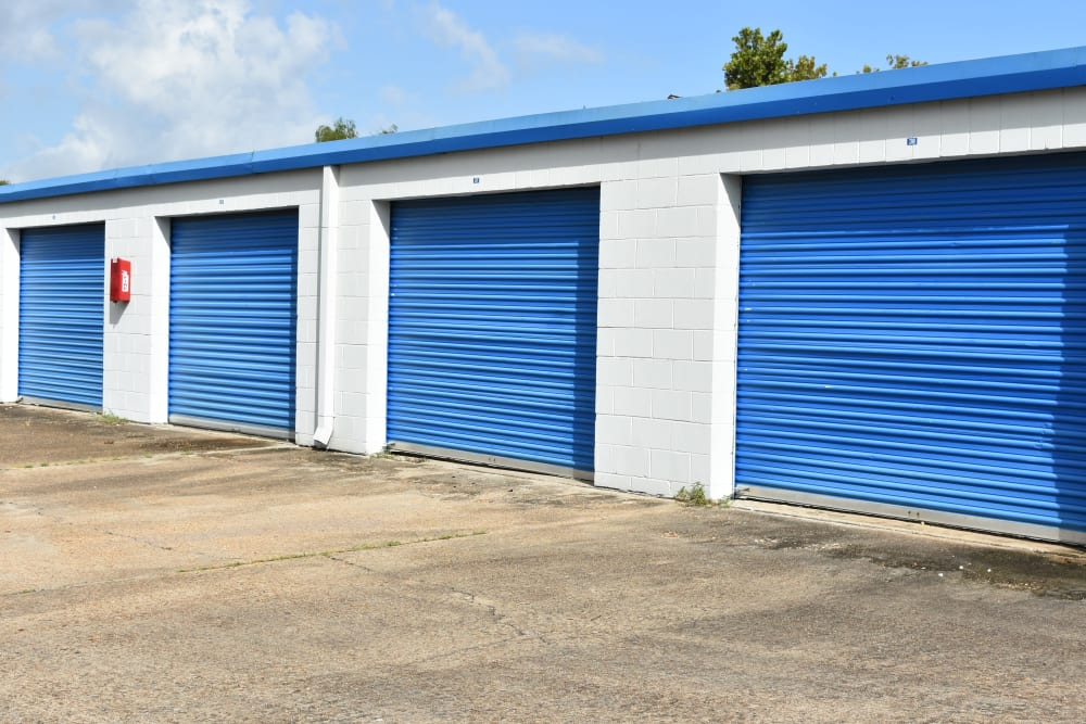Large storage units at AAA Alliance Self Storage in Houston, Texas